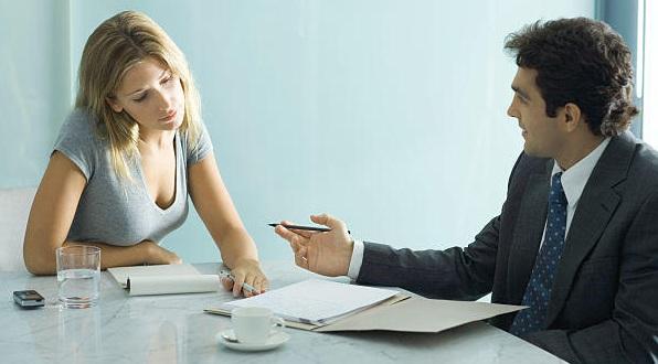 Analizando y negociando para bajar las comisiones bancarias refinanciando la hipotecai